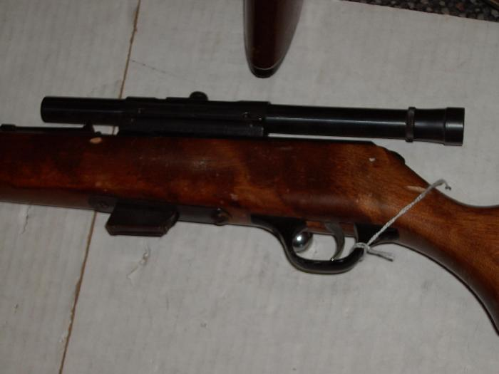 Marlin glenfield model 80 g 22lr with a weaver scope no reserve for