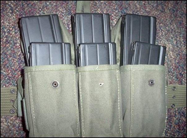 Six-Pack Of Fn-Fal Magazines, With Pouches, Belt