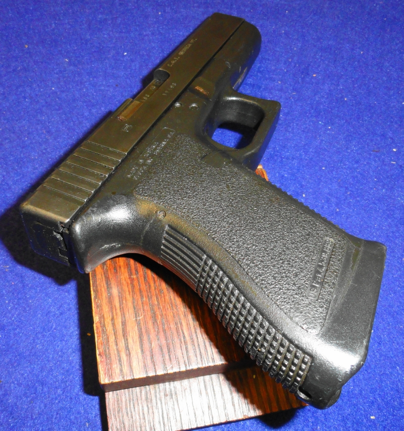 Glock - Model 21 Semi Auto .45 ACP (No Mag) - Picture 6
