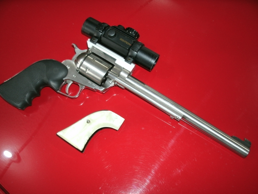 Ruger Super Blackhawk 44 Mag With Sigtron Red Dot For