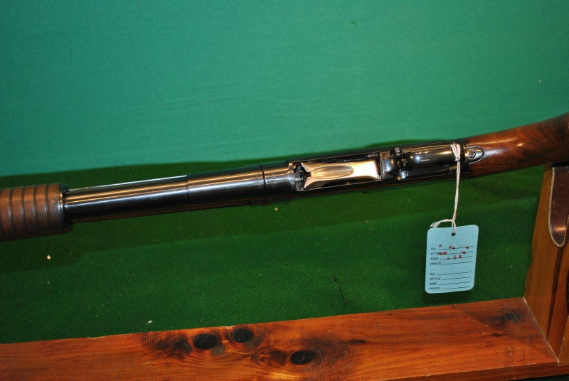 WINCHESTER - MOD 12 12GA 30IN FULL - Picture 10