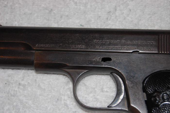 Colt - Colt 1903 Hammerless .32 Cal Automatic pistol - Picture 1