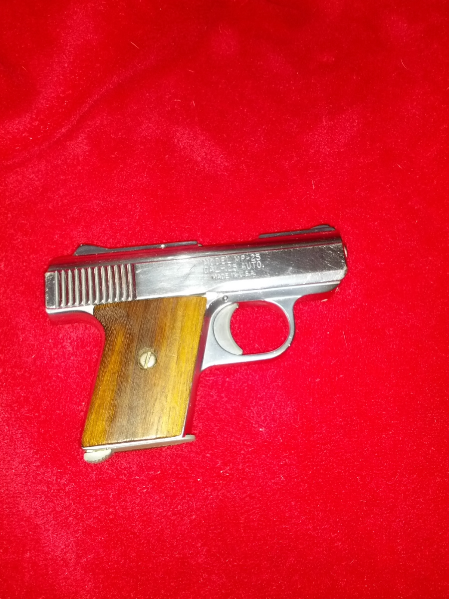 Raven Arms - WITH 250rnd.25ACP RAVEN NICKEL-MODEL MP-25 CAL .25 - Picture 6