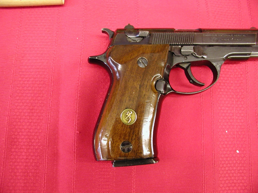 Browning Arms Co. - BDA     380  CALIBER - Picture 5