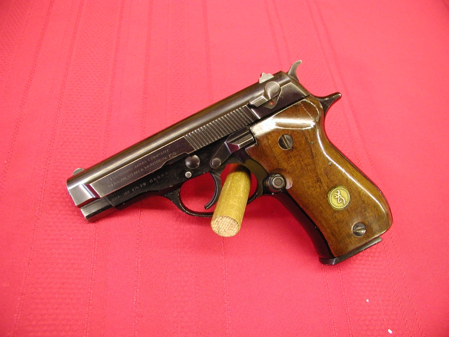 Browning Arms Co. - BDA     380  CALIBER - Picture 7