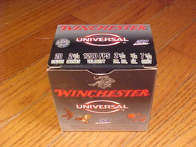 Box of Winchester Universal 20 Gauge 7 1/2 Shot - Picture 1