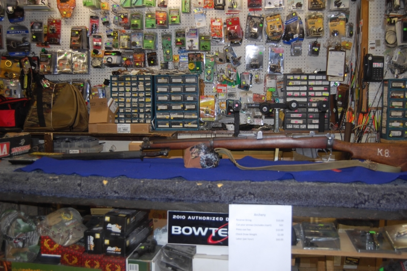 - Lee Enfield MK 3 SMLE 303 British w/bayonet - Picture 1