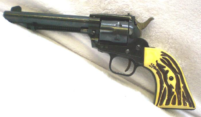 Sportarms HS model 21S .22 mag (w .22 cyl.) revolver