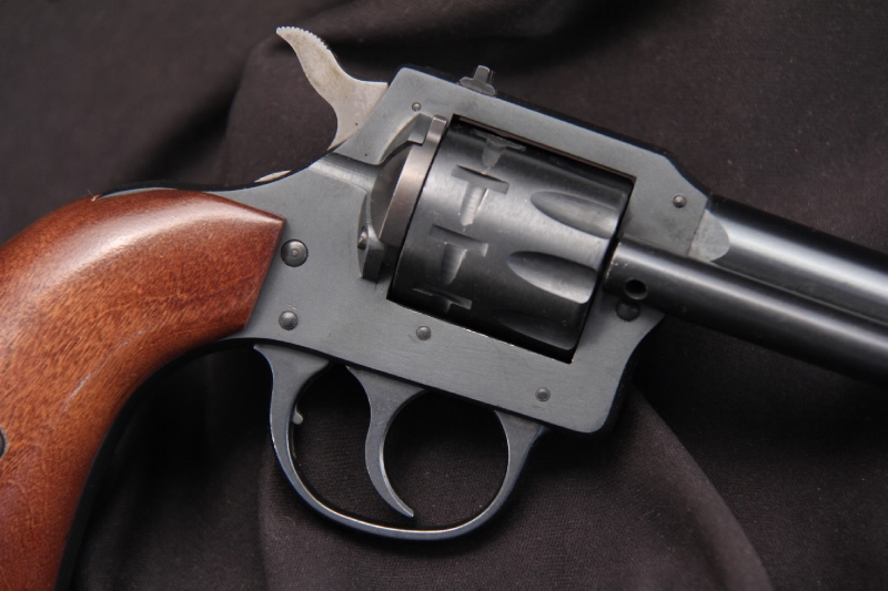 Harrington & Richardson, H&R - Model 949 Western Type .22 Double Action Revolver - Picture 3