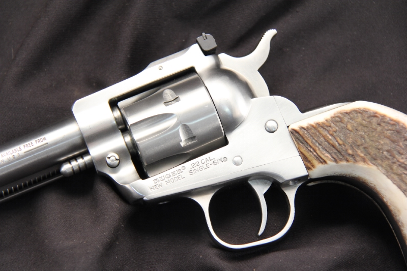 Ruger New Model Single Six  - Convertible Single Action Revolver .22 WMR & 22 LR - Picture 7