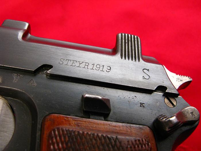 STEYR HAHN - Model 1912  WWII - NAZI POLICE E/L...9mm Para...Matching, Non-Import! - Picture 7