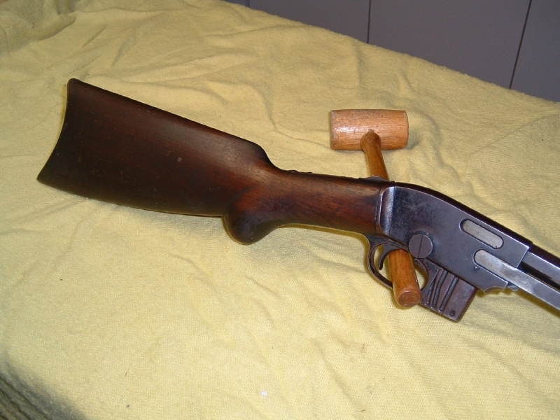 Savage Arms Corp. - SAVAGE 1903 .22 CAL. PUMP ACTION RIFLE - Picture 2