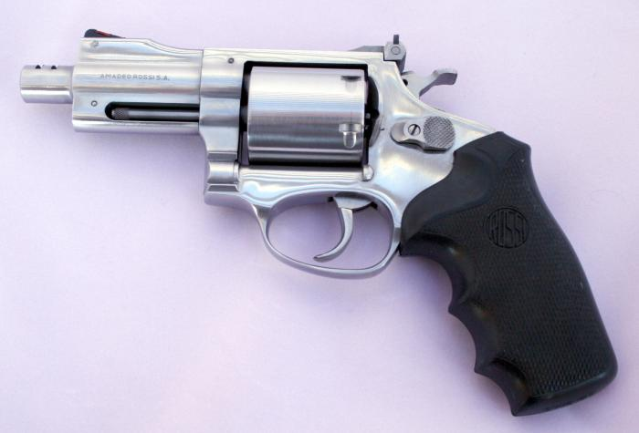 Rossi, Amadeo Model 971 Ss  357 Mag  Comp  3 Revolver