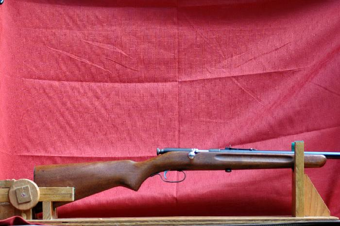 Stevens/Springfield - Model 53B, bolt action 22 - Picture 1
