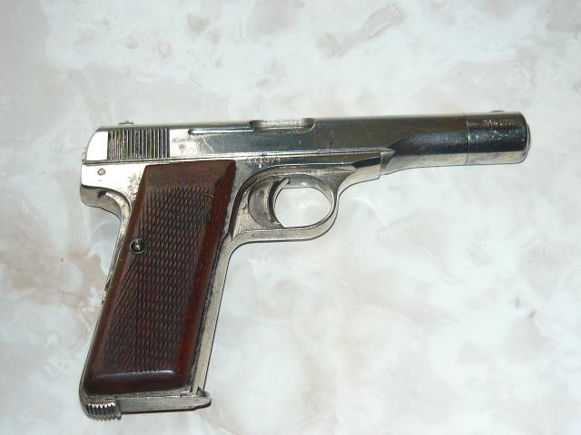 Browning (FN) FN Browning 1922 32 ACP Nazi marks